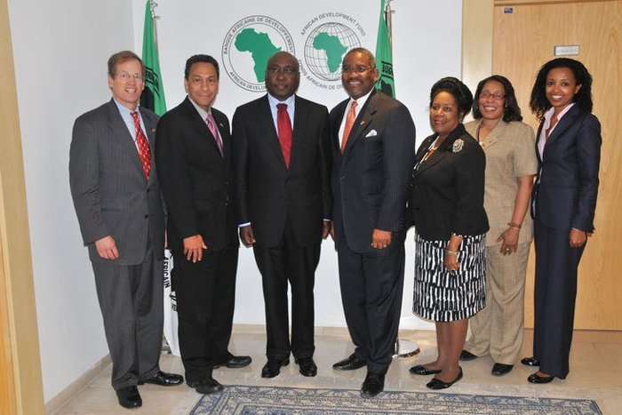 The U.S. Congressional delegation with President Kaberuka. From left to right: Jack Kingston, Melvin Watt, President Kaberuka, Gregory Meeks, Sheila Jackson Lee, Marcia Fudge and Mimi Alemayehou, AfDB Executive Director (USA)