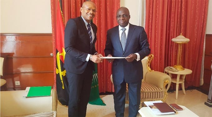Angola Country Office Manager presents accreditation letters to the Secretary of State for Foreign Affairs