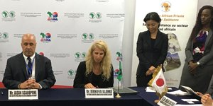 FAPA Donors and AFAP sign grant agreement in support of local supply and utilization of fertilizer in Africa