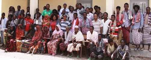 Adaar woreda residents and officers of the Pastoralist Agricultural Development Office with the AfDB team.