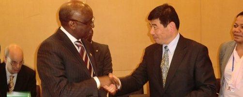 la bad et l u2019organisation mondiale des douanes s u2019allient pour renforcer les douanes africaines